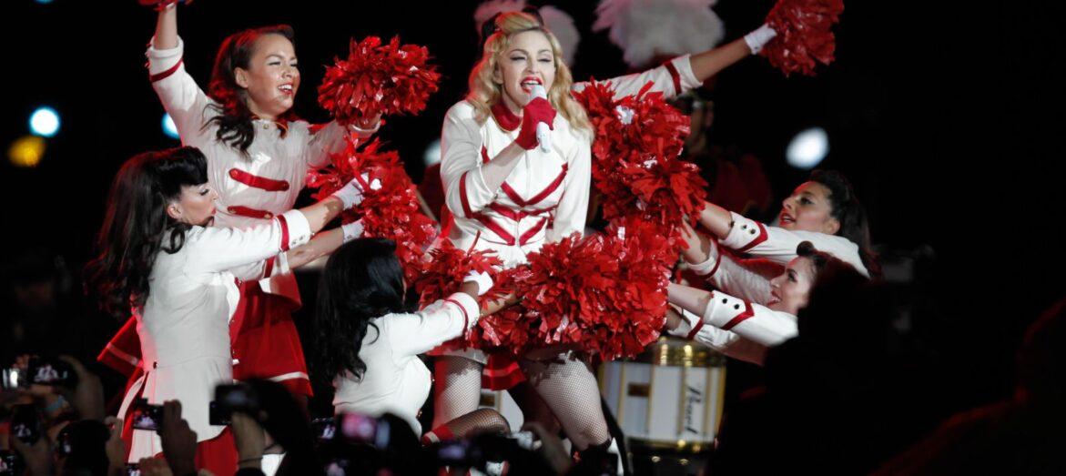 """Madonna asegura tener anticuerpos para """"respirar COVID-19"""""""