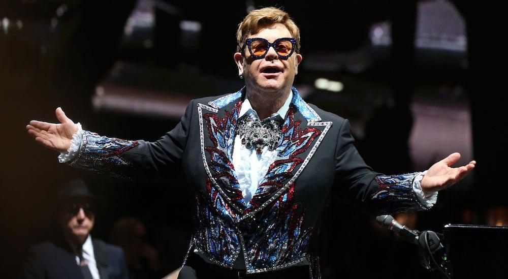 Elton John vuelve a liderar la lista Top Tours de Billboard