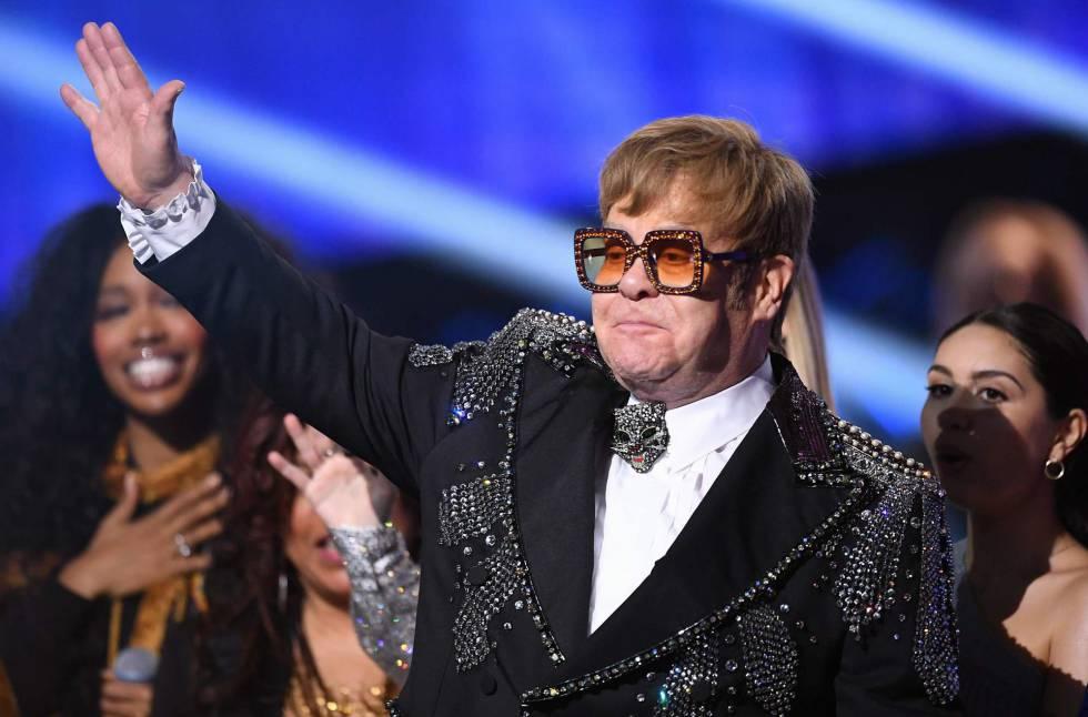 Elton John sorprende al donar un millón de dólares para proteger del coronavirus a las personas con VIH