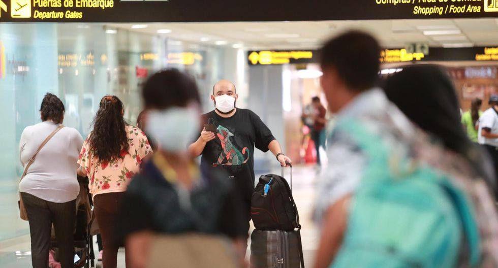 Gobierno suspende vuelos provenientes de Europa y Asia como medida para frenar la propagación del coronavirus