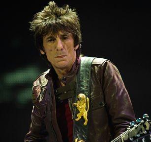 Ron Wood, guitarrista de The Rolling Stones, relata su batalla contra el cáncer